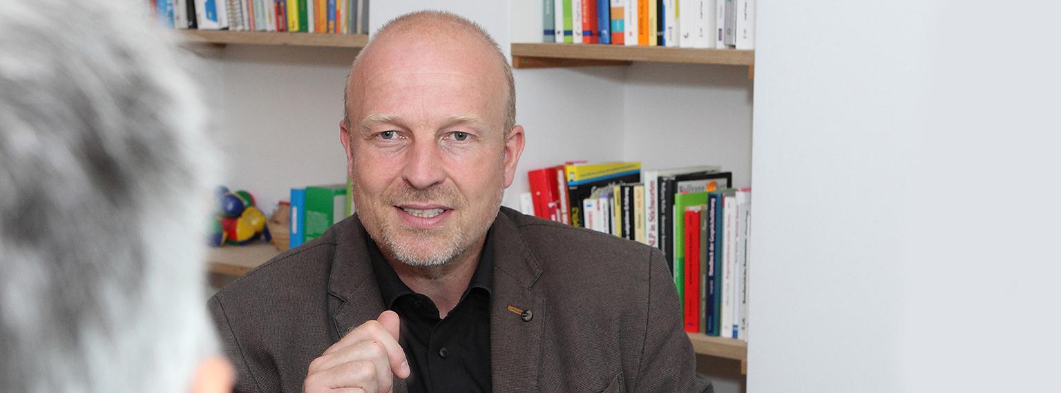 Frank Österreicher | Supervisor DGSv, Supervision Coaching Köln Bonn